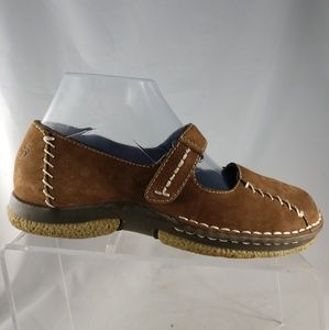 The Original DR SCHOLLS Brown Nubuck Mary Janes 8M